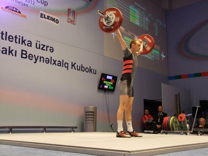 azer02